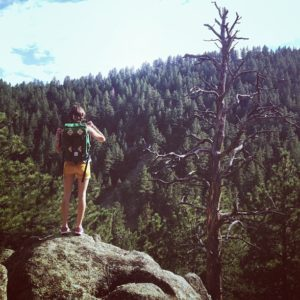 Hiking the Annie U White trail in Boulder with the Topo Designs Klettersack.